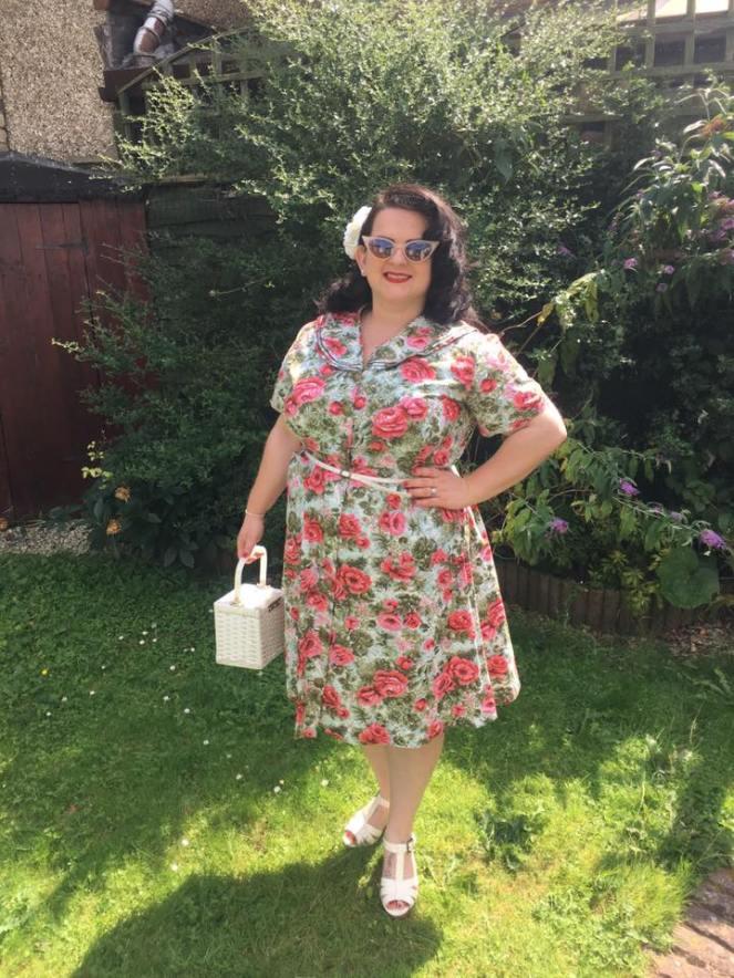 vintage-roses-dress